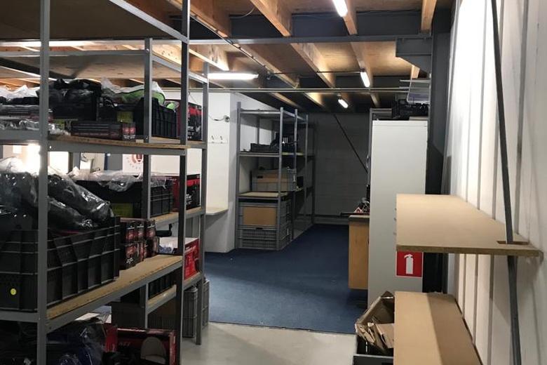 BedrijfsruimteaanEikenlaan 259E<br/> inAlphen aan den Rijn